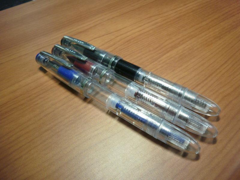 便宜 好玩又好用的钢笔─dollar厂的示范笔